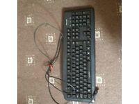 computer keyboard £5.