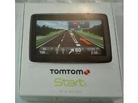 "TomTom Start 25 UK & ROI Maps 5"" Touchscreen Satnav GPS boxed excellent condition"
