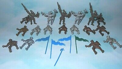 1950s Lido Cereal Premium Plastic Medieval Knights and Accessories
