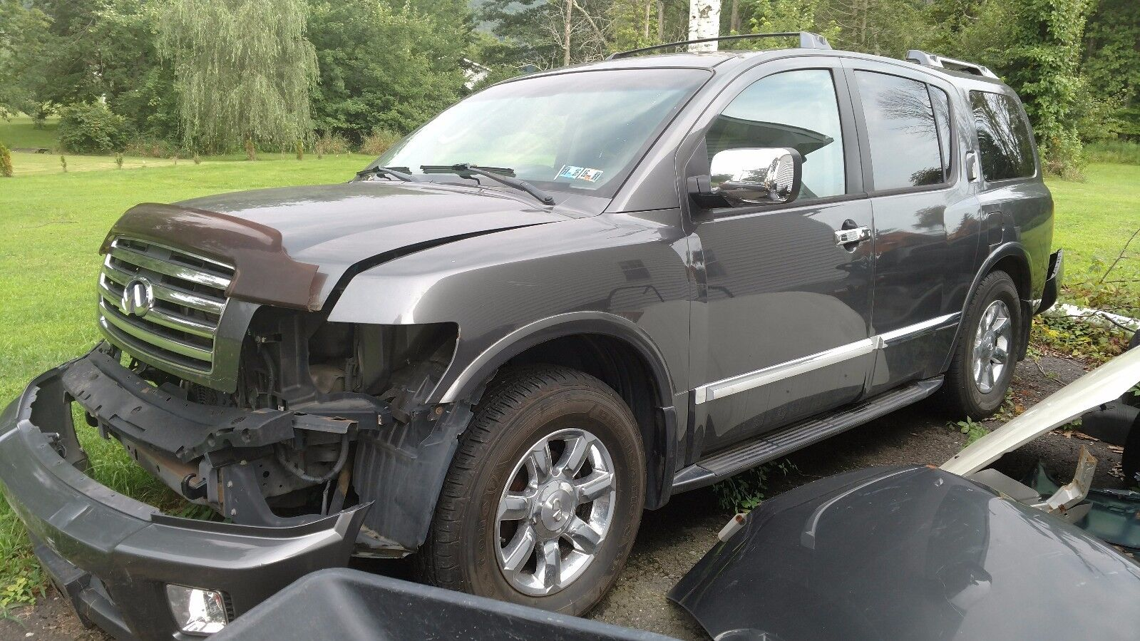 2005 Infiniti QX56  05 QX56, damaged, PA Salvage Title - repair or use for parts