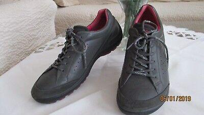 ECCO Damen Schuhe  Halbschuhe Sneaker Gr 38 grau Leder TOP