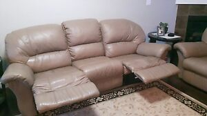 Comfy Tan Leather Sofa and Loveseat (Recliners!!)