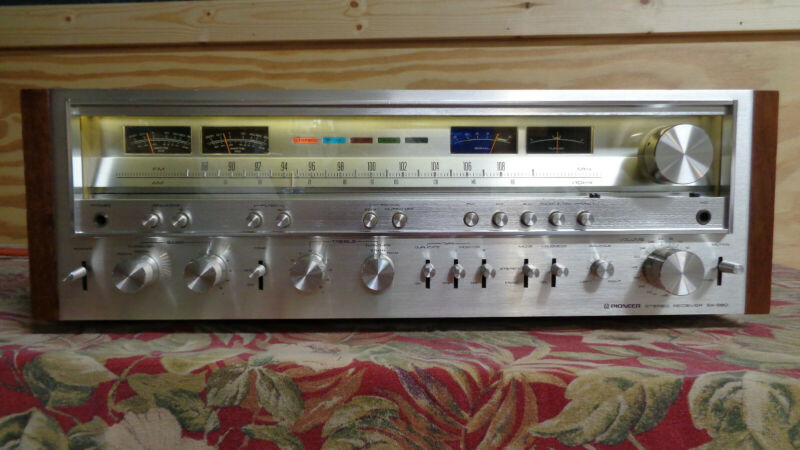 Vintage Pioneer SX-980 Stereo Receiver - Cleaned - Tested. Excellent condition!