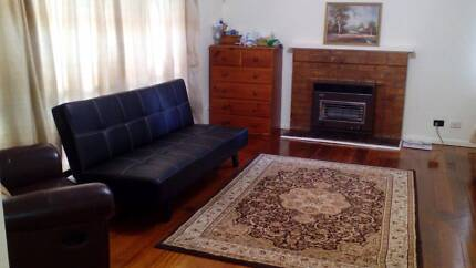 Short term 25 days $1000, great for visiting Victoria & Melb. Fawkner Moreland Area Preview