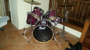 Excellent drumkit Elermore Vale Newcastle Area Preview