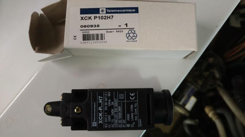 TELEMECANIQUE LIMIT SWITCH (NEW) -- XCK-P102H7 XCP P102H7