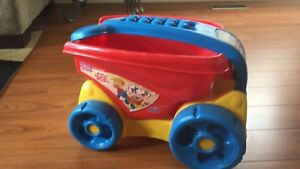 Toy Legos wheel barrow