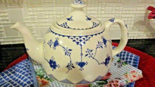 Vintage Masons Tea Pot, England, in Blue & White Denmark Pattern