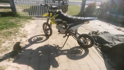Trailbike 125cc  thumpster lady owner