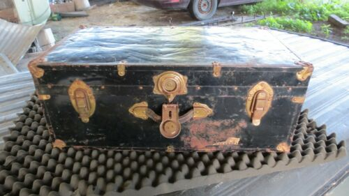 Antique/Vintage Decor Steamer Trunk Flat Top Storage Wood Brass Plate