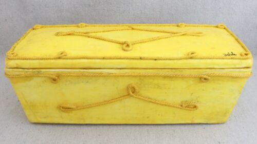 Large Vintage Mid Century Modern De Sela Mexican Folk Art Yellow Paper Mache Box