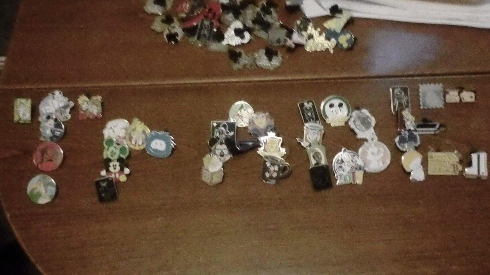 DISNEY PIN 400 PINS MIXED LOT FASTEST SHIPPER TO USA 100-150 different 4 free