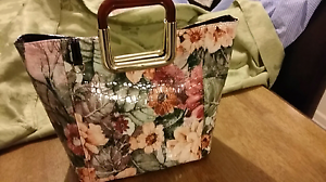 Floral Handbag Greenwith Tea Tree Gully Area Preview