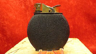 VINTAGE  EVANS WAS A BLACK CRACKLE LIGHTER WWII USED AND WORKING