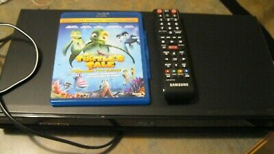 Samsung BD-P1600 Blu-Ray Disc Player with  Remote and Turtle