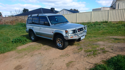 7 seater, auto, V6, Nk Pajero Up for sale or swap