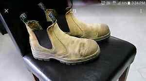Work boots steel cap Edens Landing Logan Area Preview