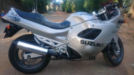 Suzuki GSX750f Katana Lesmurdie Kalamunda Area Preview