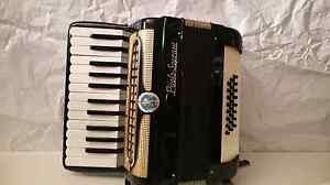 Paolo soprani piano accordion 24 bass Epping Whittlesea Area Preview