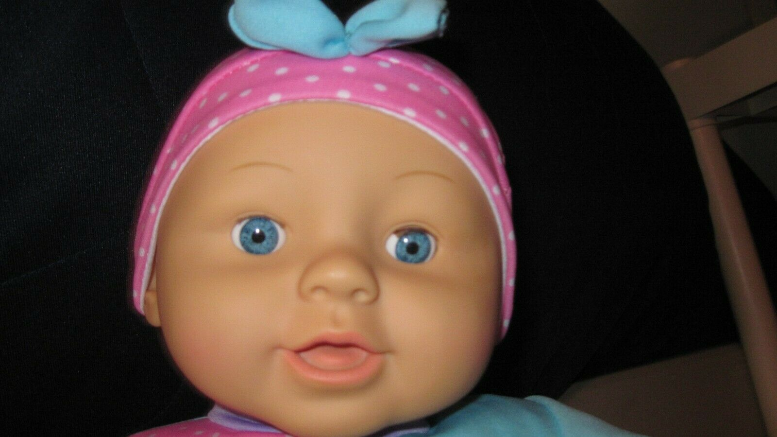 """19"""" Baby Girl Doll Cloth and Vinyl Dressed W/ Blue Open-Close Eyes"""