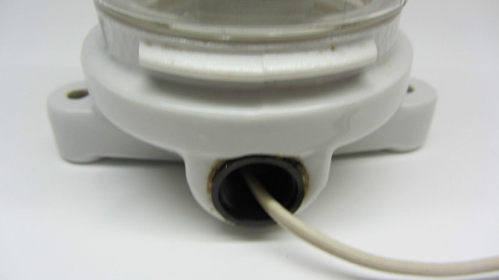 keller lampe hoflampe industrielampe kellerlampe porzellan wandlampe decken eur 89 00. Black Bedroom Furniture Sets. Home Design Ideas