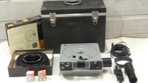 Kodak Ektagraphic III E Plus Slide Projector with Accessories