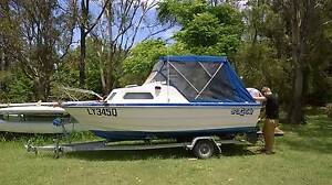 Half Cabin, 115HP, GPS/Fish finder, Epirb, Flares Moogerah Ipswich South Preview