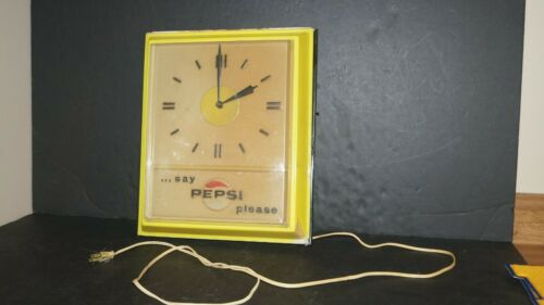 "VINTAGE "" SAY PEPSI PLEASE "" ADVERTISING ELECTRIC WALL CLOCK SIGN - NICE & WORKS"