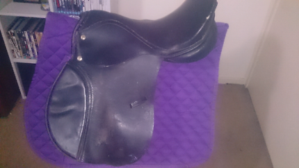 Saddles, stirrup leathers and saddle pad for sale