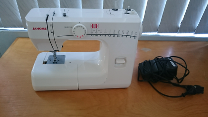 Janome sewing machine RE1706