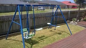 hills swing set Horsley Wollongong Area Preview