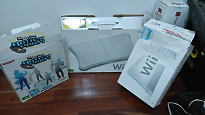 Nintendo wii with two controllers, nunchucks  dance mats + more Kurralta Park West Torrens Area Preview