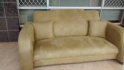 FREE 1930s club sofa 3 seater