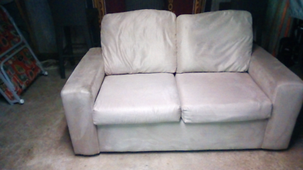 Wanted: Couch 2 seater cream color