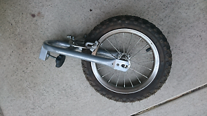 Front wheel bike trailer in excellent condition Belmont Belmont Area Preview