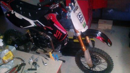 125cc pitbike with racing cdi and 30mm mikuni racing carby Meadow Heights Hume Area Preview