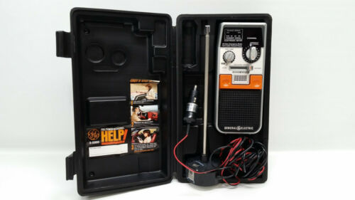 General Electric Model 3-5900A Citizens Band Transceiver 40 Channel 2-Way Radio