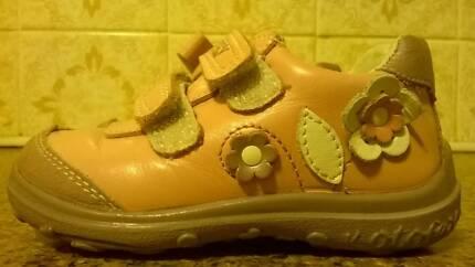 Girls Toddler Boots, Genuine Leather, size 23 (Eu), size 6 (Uk)