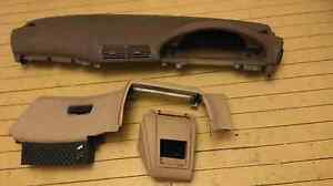 Beige BMW e39 dash dashboard in great condition. Brooklyn Hornsby Area Preview