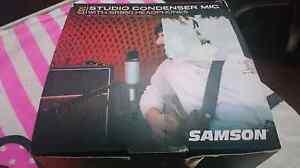 Samson studio condenser mic with headphones Langford Gosnells Area Preview