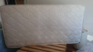 King Single Mattress Asquith Hornsby Area Preview