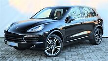 Porsche Cayenne SPORT CHRONO PAKET 21' TURBO OPTIK SOUND