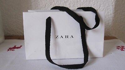 ZARA Papier Tasche-Tüte, kleine Geschenk Verpackung, Weiß/Schwarz, 1 x  benutzt ()