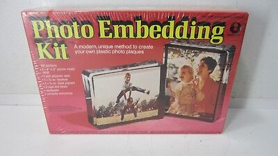 Own Plaque Kit (Sealed in Box Vintage (1973) Photo Embedding Kit - Make Your Own Photo Plaque )