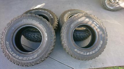 Bridgestone Duellers 285 75 16