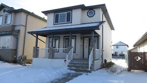 3 Bedroom house for rent in Silverberry $1650