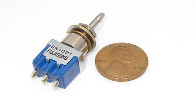 Fujisoku 8n1021 Momentary Spdt On On Push Button Panel Switch 6a 125v Amp Vac
