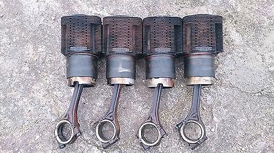 Deutz D50.1S F4 L912 einzeln Laufbuchsen + Kolben + Pleuel Zylinder Motor gebraucht kaufen  Badekow