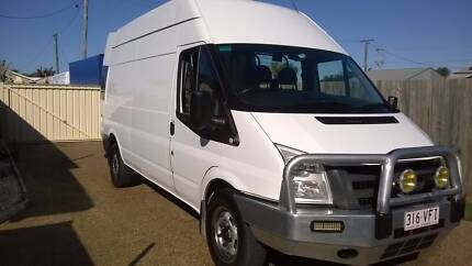 2010 LWB HIGH ROOF FORD TRANSIT VAN IN EXCELLENT CONDITION