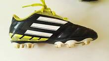 Kids Adidas soccer boots US size 13 Frenchs Forest Warringah Area Preview